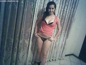 Anneliese from  is interested in nsa sex with a nice, young man