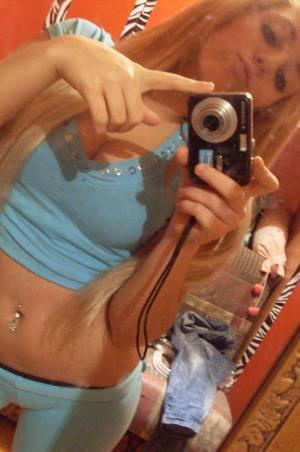 Kizzy from  is interested in nsa sex with a nice, young man