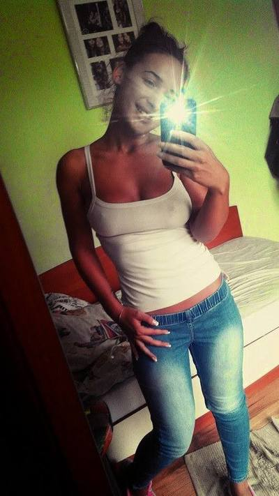 Mariah from Georgia is looking for adult webcam chat