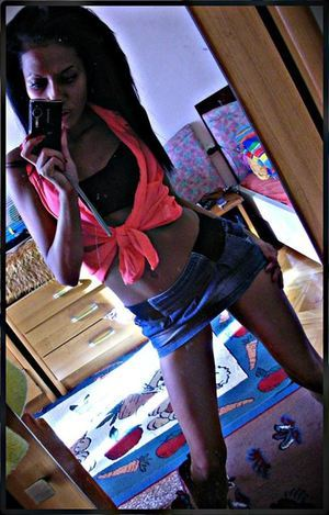 Anisha from Iowa is interested in nsa sex with a nice, young man